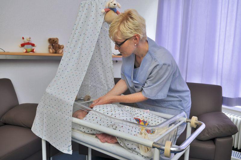 Frauenklinik Ehingen Geburtshilfe Kinderbett